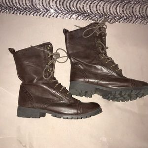 Brown riding/combat boots